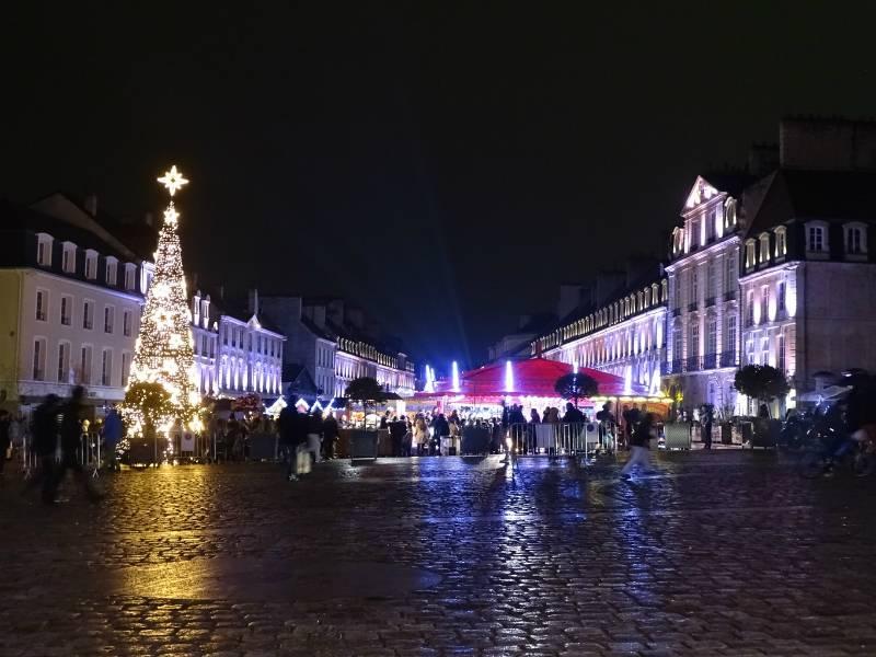 Dans la ville illuminée en partenariat avec Caen Événements