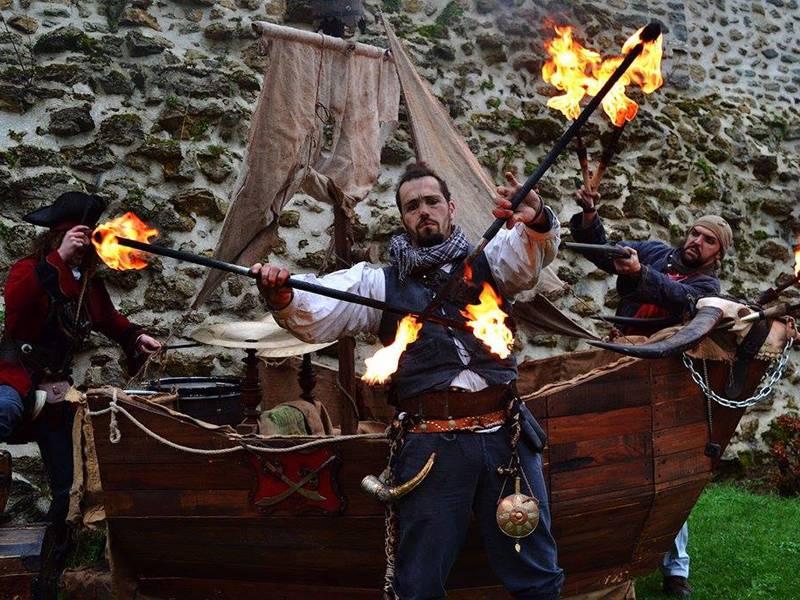 24ème Fête de la coquille Saint-Jacques et des fruits de mer - Déambulations des Piratoria