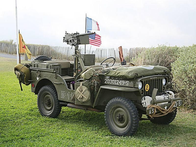 Démonstration de véhicules militaires